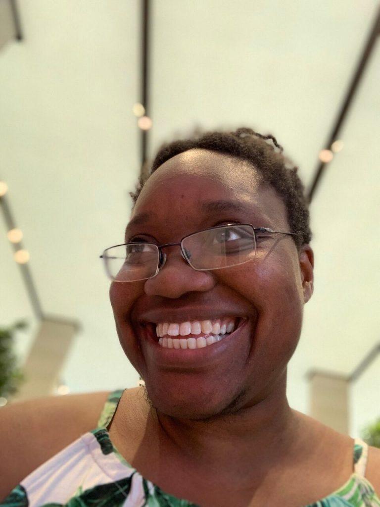 LiLi smiling, selfie